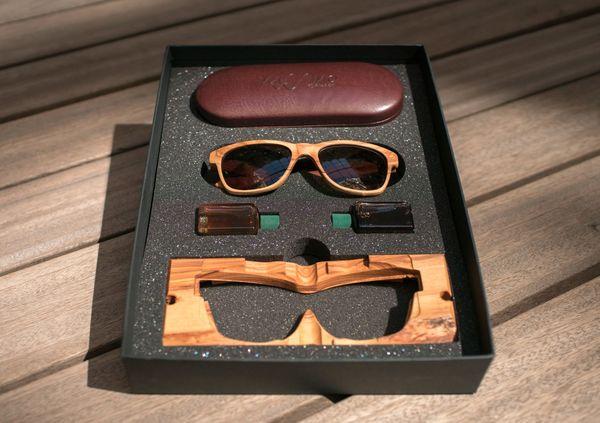 lunettes en bois boite